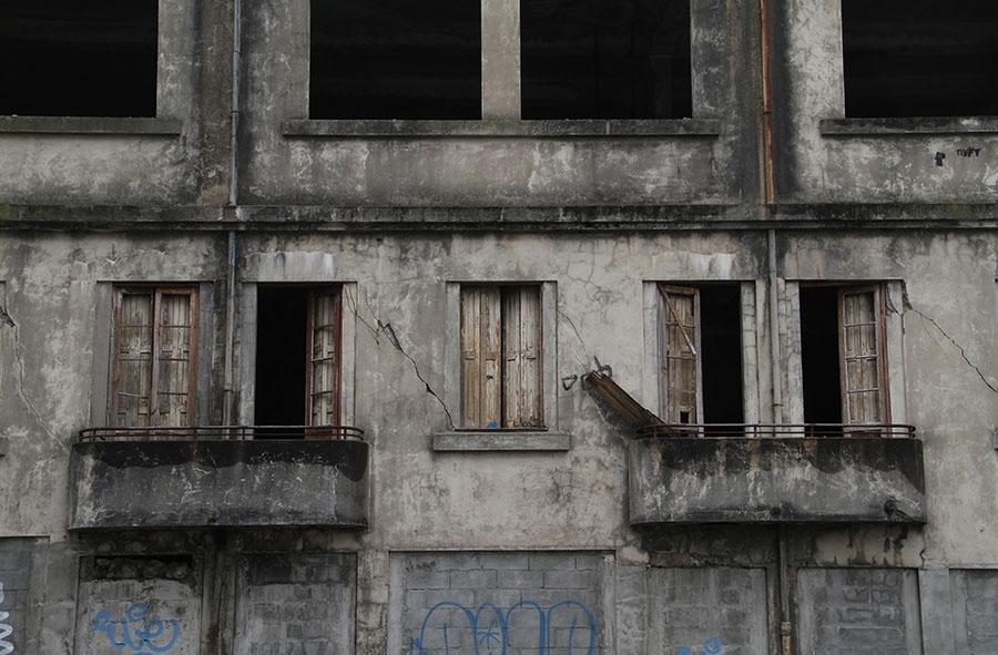 Porto Windows. Copyright © Lisa Furness